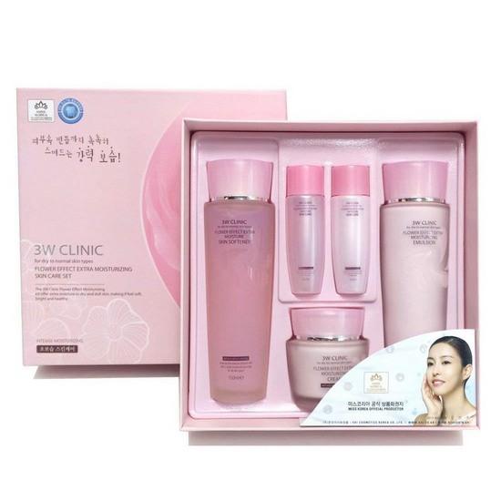 Bộ Sản Phẩm Dưỡng Da Chiết Xuất Từ Hoa Hồng 3W Clinic Flower Effect Extra Moisturizing Skin Care Set