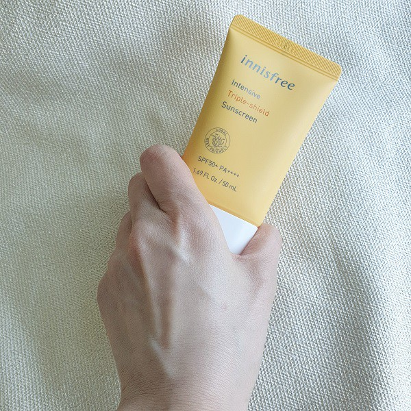 """Innisfree Intensive Triple Shield Sunscreen """"Bảo bối"""" chống nắng nâng tông da cực chiến"""