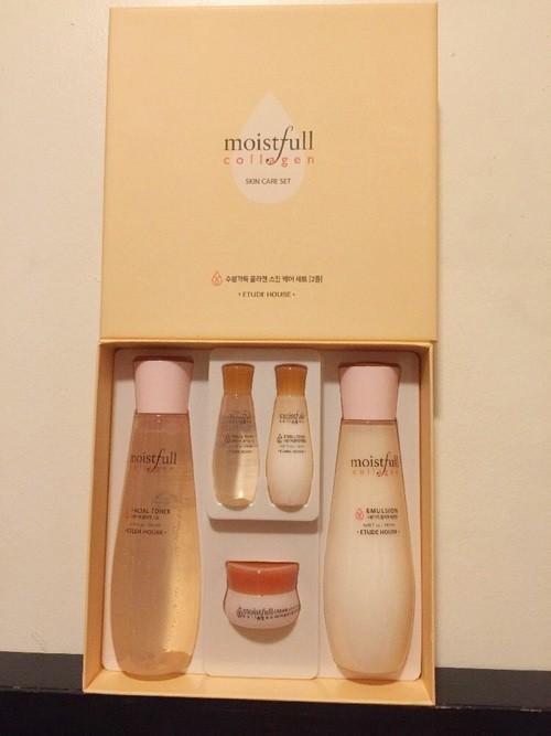 42ace9acd9 ... Bộ Dưỡng Ẩm Da Etude House Moistfull Collagen Skin Care Set (5 Sản  Phẩm) ...