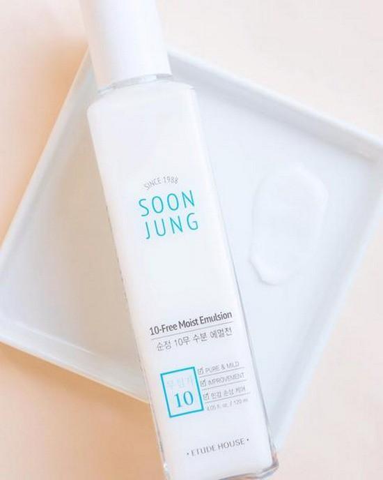 Sữa Dưỡng Dưỡng Ẩm Và Săn Chắc Da Etude House Soon Jung 10 Free Moist Emulsion