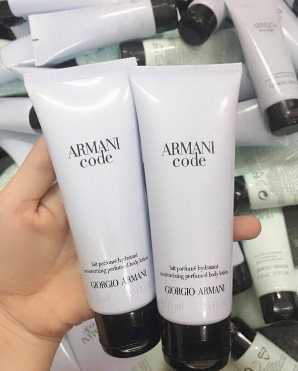 Dưỡng Thể Hương Nước Hoa Quyến Rũ Giorgio Armani Code Perfumed Body Lotion