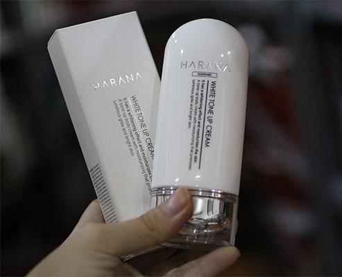 Kem Dưỡng Trắng Da Chiết Xuất Từ 7 Thành Phần Thiên Nhiên Harana Tone Up White Cream 70ml