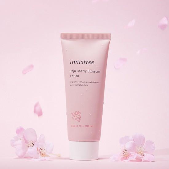 Sữa Dưỡng Chiết Xuất Lá Hoa Anh Đào Hoàng Gia Innisfree Jeju Cherry Blossom Lotion 100ml