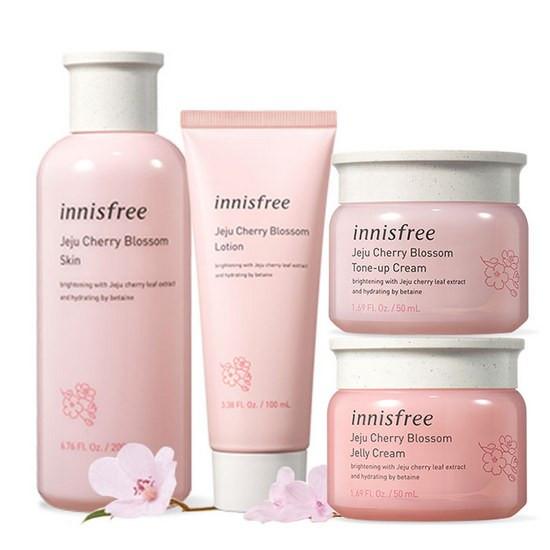 Bộ Dưỡng Dưỡng Ẩm Và Nâng Tông Da Sáng Innisfree Jeju Cherry Blossom Set (4 Sản Phẩm)