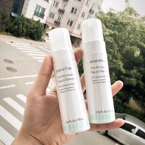 Sữa Rửa Mặt Dạng Bọt Cho Da Nhạy Cảm Innisfree The Minimum Facial Cleanser for Sensitive Skin 70ml
