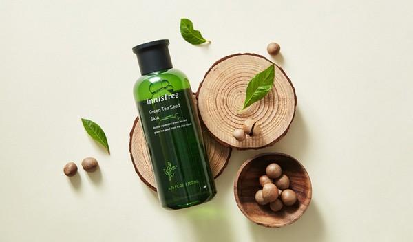 Nước Hoa Hồng Chiết Xuất Trà Xanh Innisfree The Green Tea Seed Skin 200ml