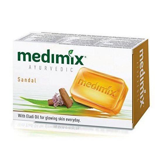 Xà bông ngăn ngừa mụn và dưỡng sáng da chiết xuất đàn hương Medimix Sandal Soap 125g
