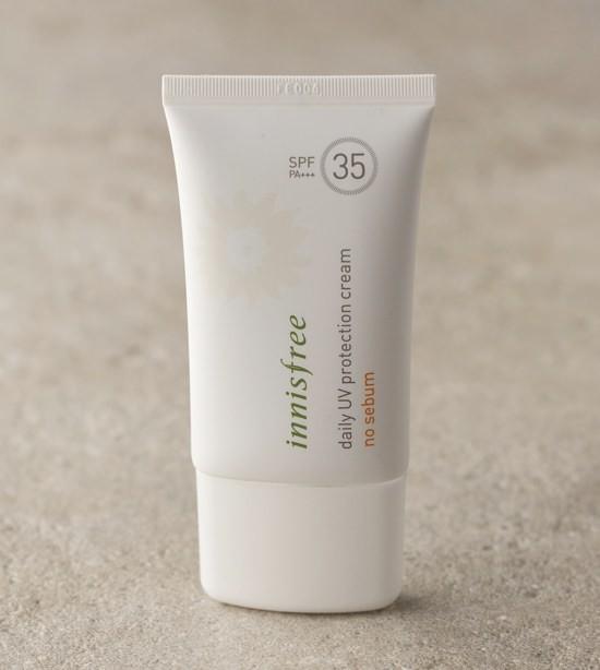 [BIG SALE] Kem Chống Nắng Kiềm Dầu Innisfree Daily UV Protection Cream No Sebum SPF35 PA+++ 50ml (Mới 06/2016)