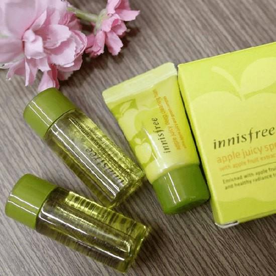 Bộ Tẩy Trang Táo Innisfree Apple Juicy Special Cleansing Kit (3 Sản Phẩm)