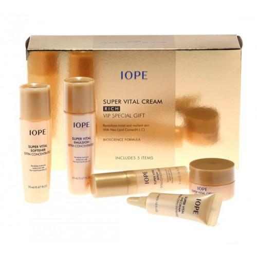 Bộ Dưỡng Ẩm Và Chống Lão Hoá Iope Super Vital Cream Rich Vip Special Gift (5 sản phẩm)
