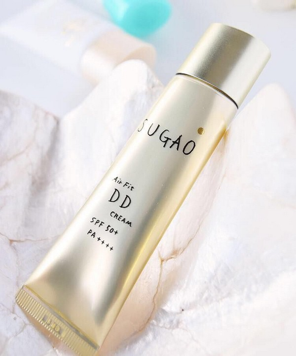 Kem Trang Điểm Chống Nắng Sugao Air Fit DD Cream SPF50++