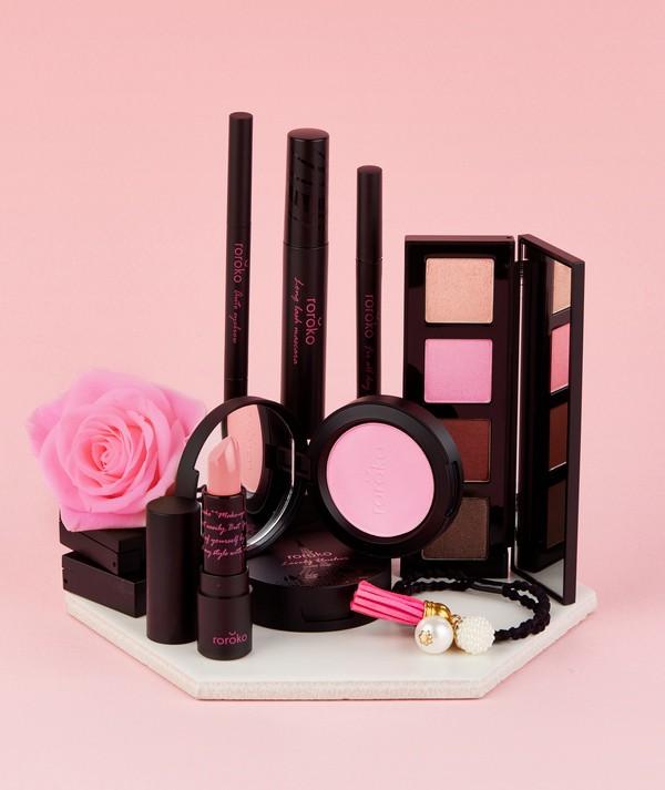 Bộ Trang Điểm 6 Món Phiên Bản Màu Hồng Baby Dễ Thương Roroko Pink Baby Doll Make Up Box Set