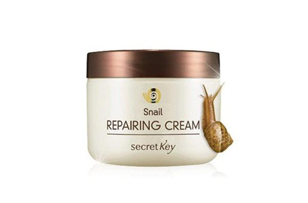 Kem Dưỡng Nâng Tone Màu Da Săn Chắc Và Hồi Phục Da Chiết Xuất Ốc Sên Secret Key Snail Repairing Gel Cream 50g