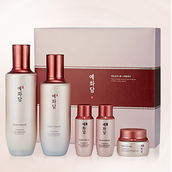 Bộ Chăm Sóc Da Đặc Biệt Dưỡng Ẩm Và Cải Thiện Nếp Nhăn The Face Shop Yehwadam Heaven Grade Ginseng Rejuvenating Skincare Special Set