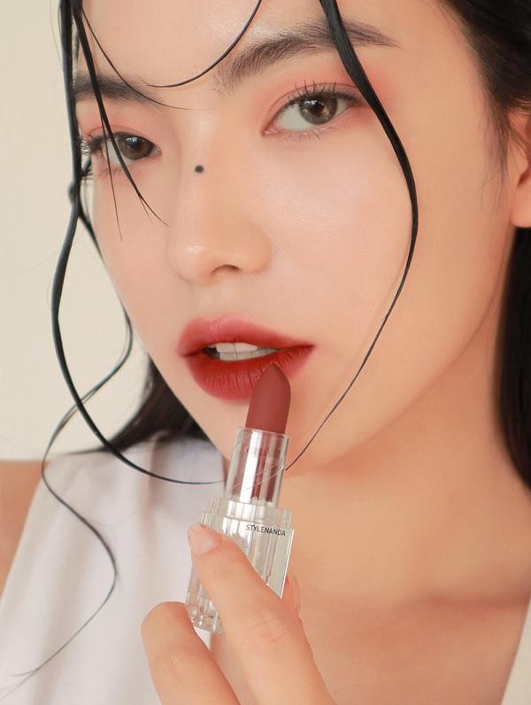 Màu 09 Son Lì 3CE Soft Matte Lipstick 3,5g