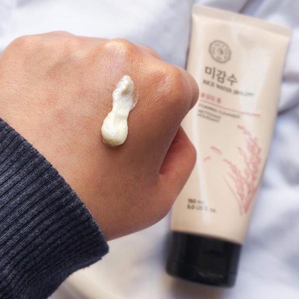 3/ Sữa Rửa Mặt Sáng Da Gạo The Face Shop Rice Water Bright Facial Foaming Cleanser 150ml