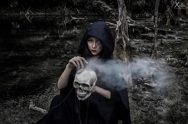 Thần chết Ý Tưởng Trang Điểm Halloween Rùng Rợn Nhất Năm 2019