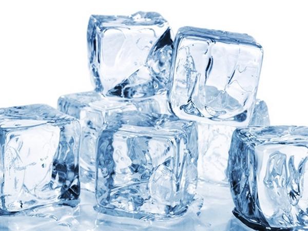 Những Lợi Ích Làm Đẹp Từ Đá Lạnh