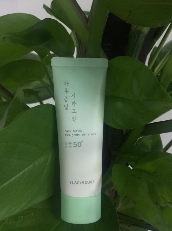 Review kem chống nắng black rouge haru series cica green sun cream spf 50+ pa++++