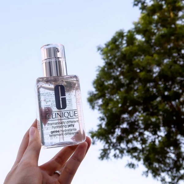 Review Kem Dưỡng Ẩm Dạng gel Clinique Dramatically Different Hydrating Jelly