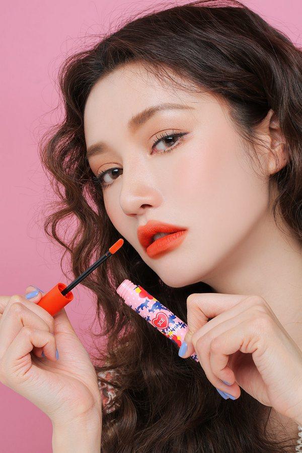 review son kem 3ce maison kitsune velvet lip tint