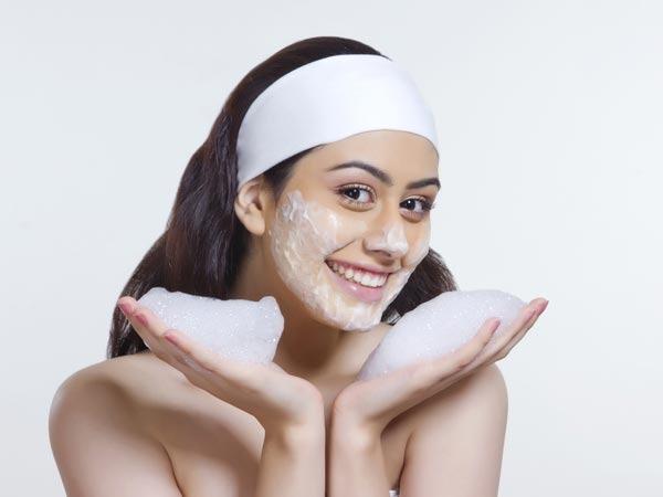 sữa rửa mặt và những sai lầm thường gặp hủy hoại da bạn
