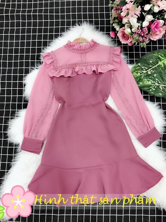 Đầm Xòe Tay Dài Phối Ren Bèo