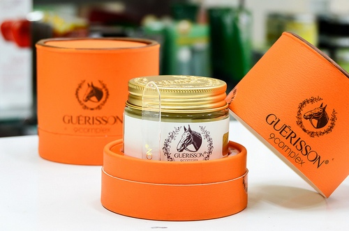 Kem dầu ngựa Guerisson 9 Complex Horse Oil Cream vân shop