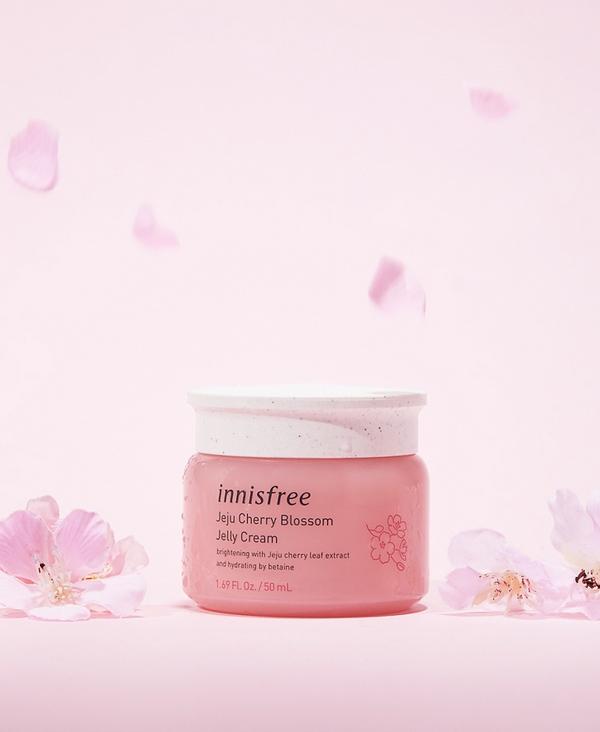 Kem Dưỡng Dạng Gel Innisfree Jeju Cherry Blossom Jelly Cream 50ml