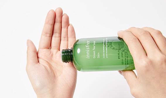 Kết cấu Nước Hoa Hồng Chiết Xuất Trà Xanh Innisfree The Green Tea Seed Skin 200ml
