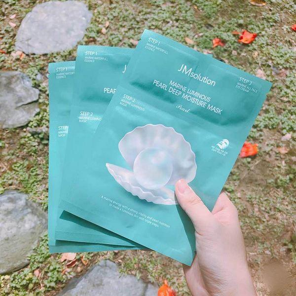 Mặt Nạ Trắng Da Ngọc Trai Có Serum Giảm Thâm Vùng Mắt Jm Solution Marine Luminous Pearl Deep Moisture Mask