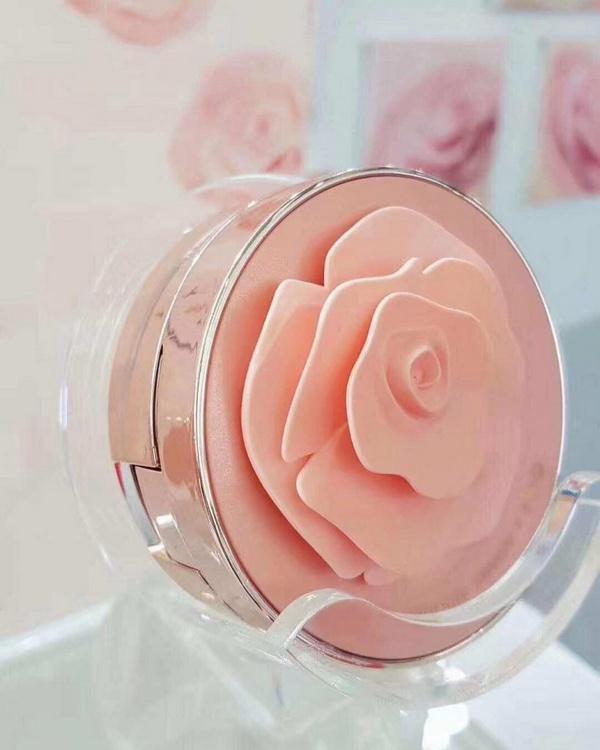 [NEW] Phấn Nước Đóa Hồng Ohui Ultimate Cover Moisture Cushion Rose Petal Edition SPF50+ / PA+++ 15g