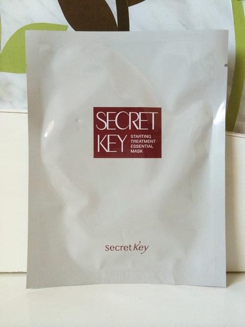Mặt nạ dưỡng ẩm và dưỡng sáng da Secret Key Starting Treatment Essential Mask Sheet 30g