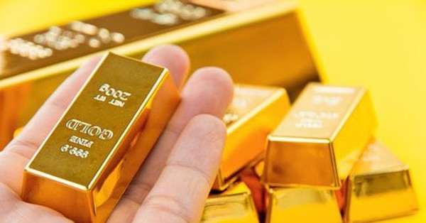 Kem Lót Cao Cấp The Face Shop Gold Collagen Ampoule Make Up Base SPF30 PA++ 40ml