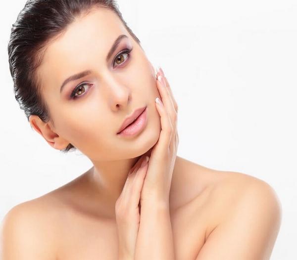 Công dụng Sữa Dưỡng Thể Trắng Hồng Da Vaseline Healthy White UV Lightening 725ml